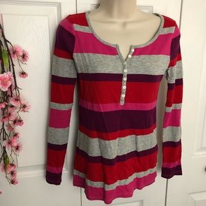Old Navy small thermal long sleeve top